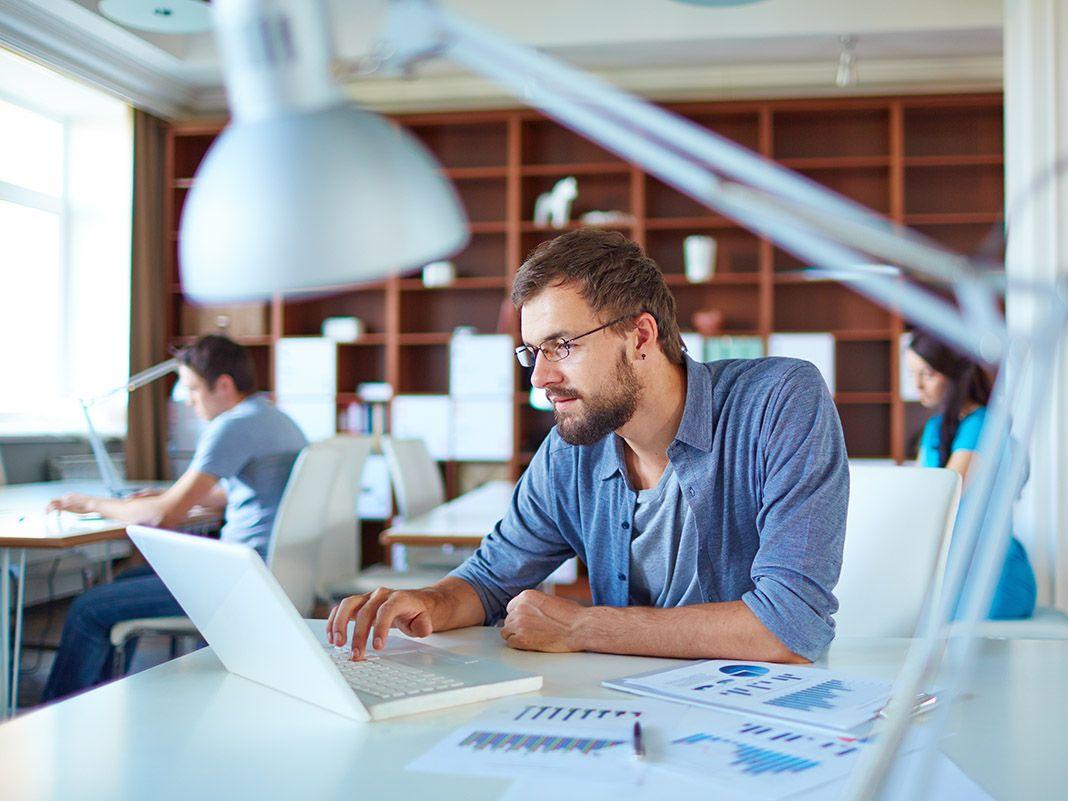Qué pueden hacer las empresas para protegerse de los principales riesgos de ciberseguridad