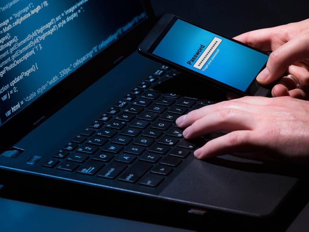 Detectan un malware que roba los códigos SMS del sistema de autenticación en dos pasos
