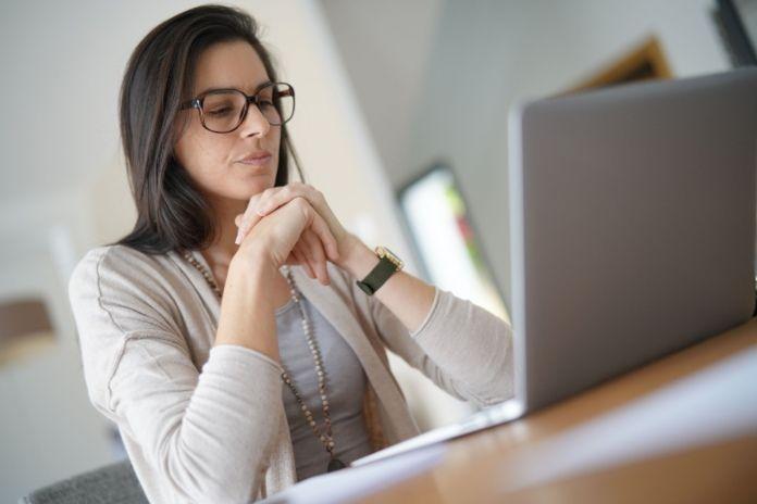Más del 85% de los españoles asegura haber recibido publicidad por Internet sobre algo de lo que ha hablado recientemente