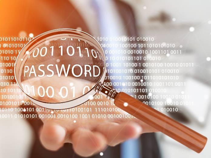Descubren un malware que robaba contraseñas de servicios como Facebook, Google y Paypal