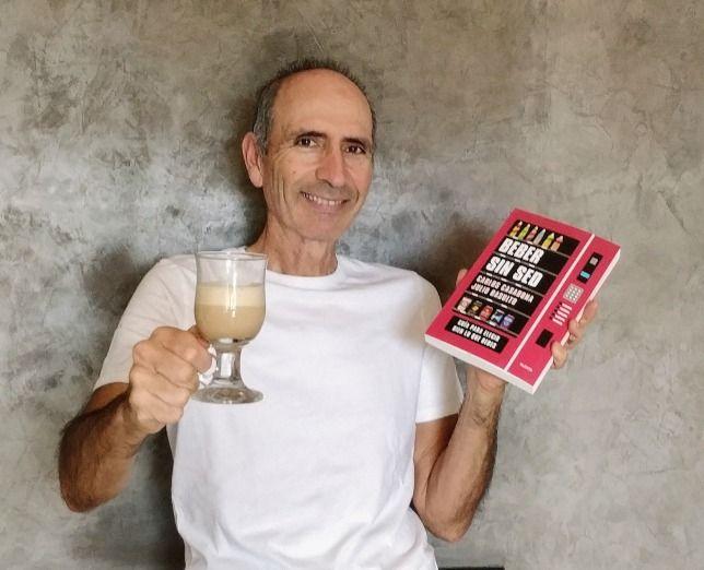 Carlos Casabona, coautor de