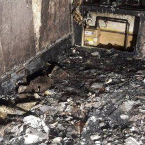Incendia su casa por pedir matrimonio a su novia con cientos de velas