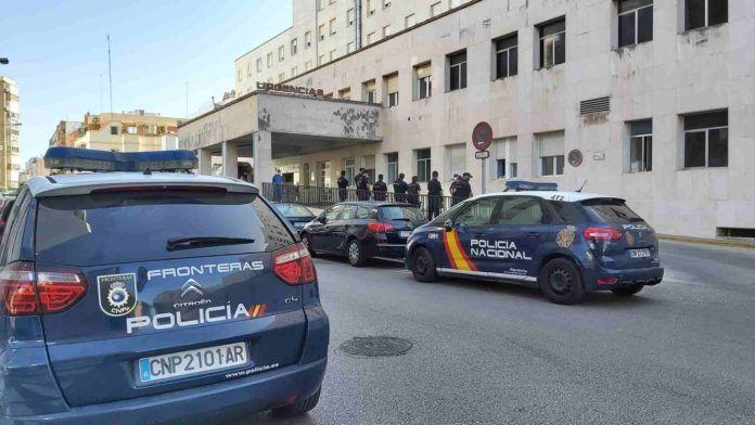 Tres detenidos por la actuación en la que resultó herido grave un policía en Algeciras