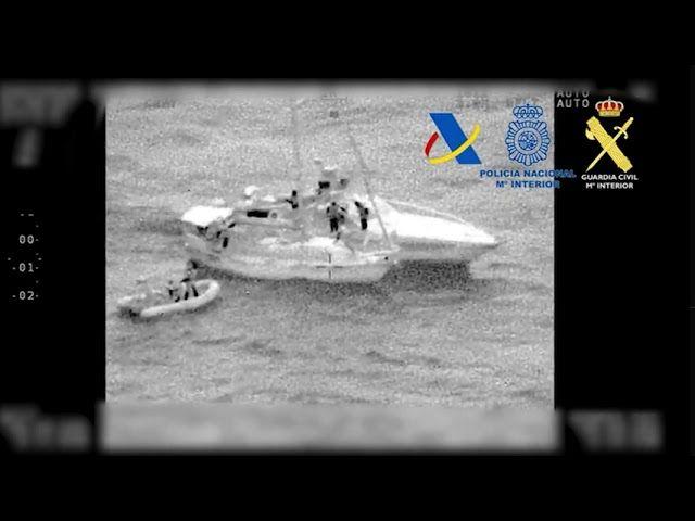 Interceptado un velero con 200 kilos de hachís frente a la costa de Almería