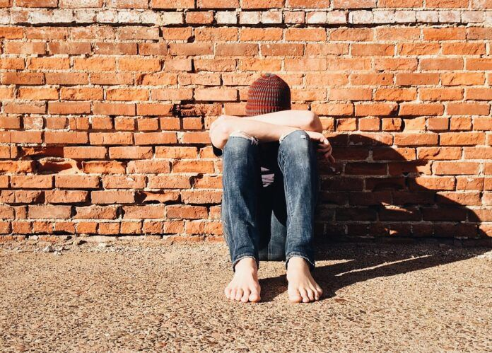 El método que frena el acoso escolar plantea dudas frente al ciberbullying