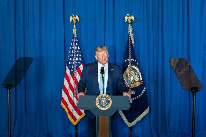 Trump despide al jefe de ciberseguridad por no avalar las teorías de fraude electoral