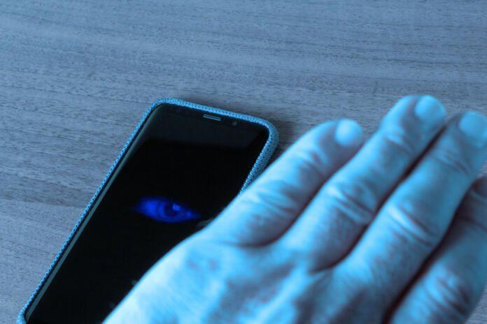 Cómo proteger tu smartphone para salvaguardar todo lo que este sabe de ti