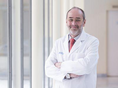 Un experto en cirugía de la mano advierte de las importantes secuelas del Covid-19 en manos y brazos