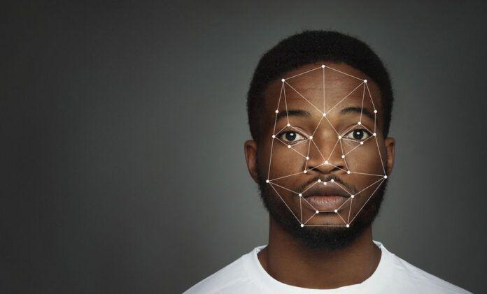 Un error en un sistema de reconocimiento facial lleva a la cárcel a un inocente