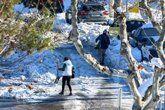 Vídeo con trucos para caminar sobre el hielo