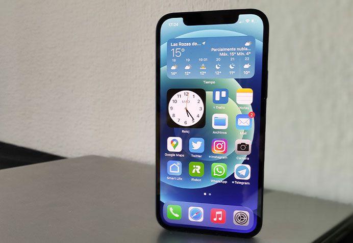 iPhone 12: un mes usando el teléfono más estándar de Apple