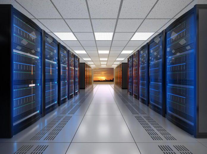 El incendio en uno de los datacenters de OVHcloud en Estrasburgo paraliza la actividad online de miles de clientes