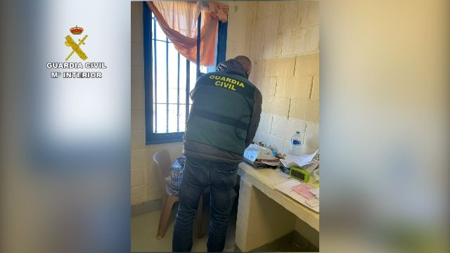 Detenidos tres presos afines al Daesh acusados de radicalizar a otros internos