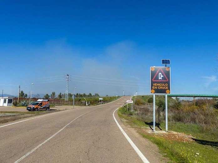 Inteligencia Artificial en Extremadura para avisar del cruce de vehículos, cruces inteligentes en Extremadura