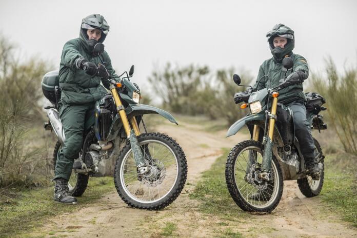 Agentes del Servicio de Protección de la Naturaleza (SEPRONA) de la Guardia Civil