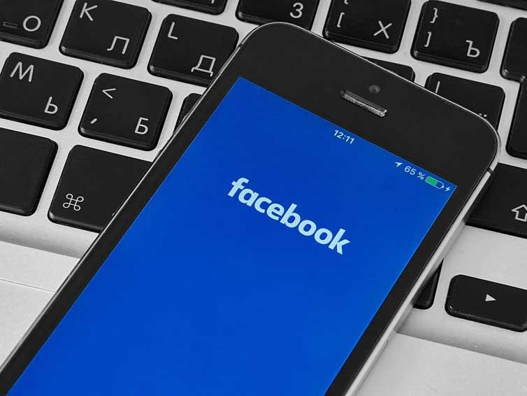 Así funciona Horizon Workrooms, la nueva propuesta de mundo virtual profesional de Facebook