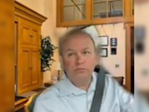 Andrew Brenner, un político de Ohio, se hace viral por usar un fondo de zoom mientras iba conduciendo