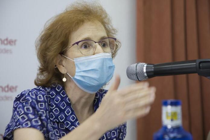 Margarita del Val, en una jornada en la universidad | Foto: UCM/Alfredo Matilla
