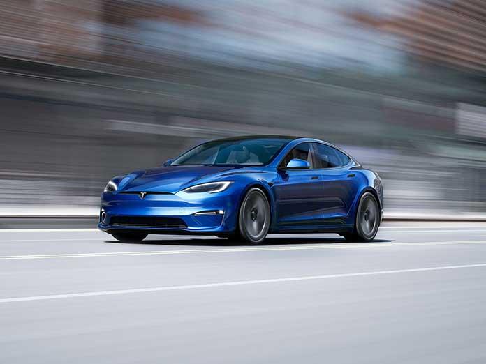 ¿Has reservado el Tesla S Plaid + con 830 Km de autonomía? Pues no se va a fabricar