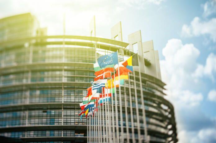 La Eurocámara pide aumentar la ciberseguridad en la UE ante los ataques a infraestructuras clave