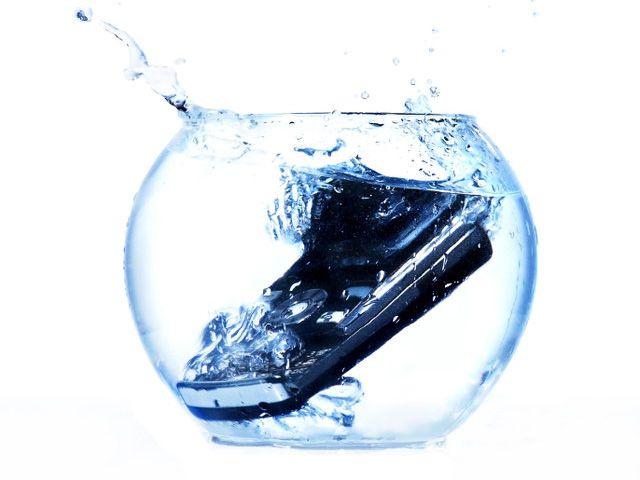 Resistencia al agua de los móviles
