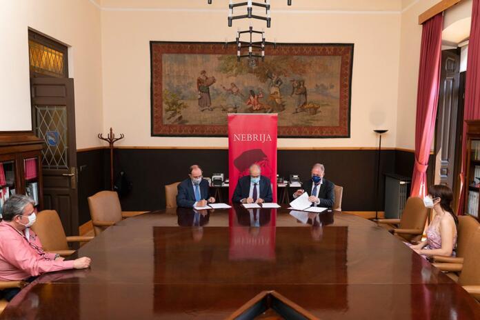 Amplio seguimiento mediático a la firma del acuerdo de formación entre la Universidad Nebrija, Escudo Digital y Dacor