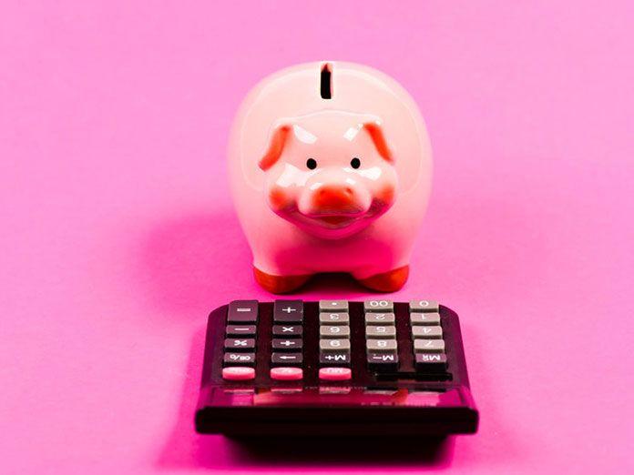 Agárrate el bolsillo: Bancos que cobrarán en septiembre hasta 40 euros en comisiones