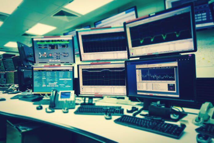 Francia reforzará su unidad de ciberseguridad con 1.800 empleados