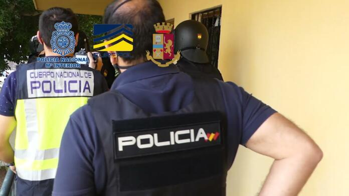 Golpe a la mafia italiana en Tenerife: 106 detenidos por hackeos y fraudes informáticos