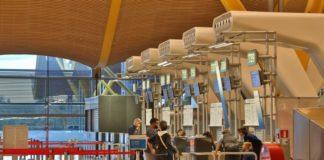 Mostradores de facturación de la terminal 4 del Aeropuerto de Madrid-Barajas Adolfo Suárez