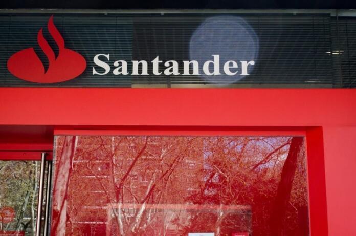 SUCURSAL DEL BANCO SANTANDER ( (Foto de archivo Europa Press)